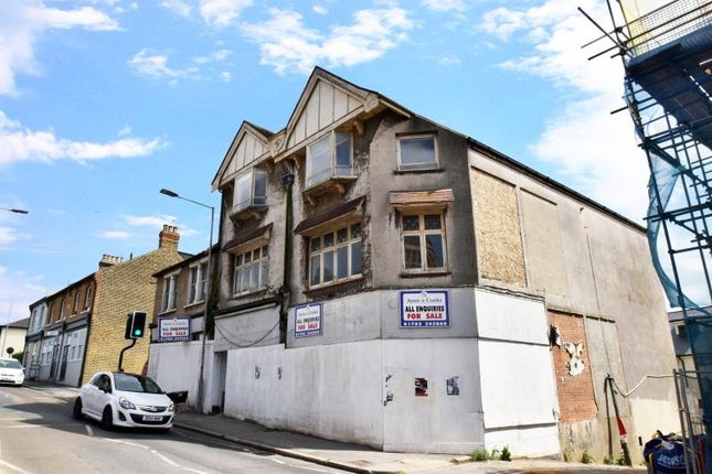 Thumbnail Property for sale in Leigh Hill, Leigh On Sea, Essex