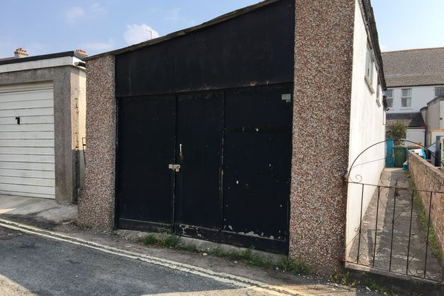 Warehouse to let in Victoria Road, St Budeaux, Plymouth