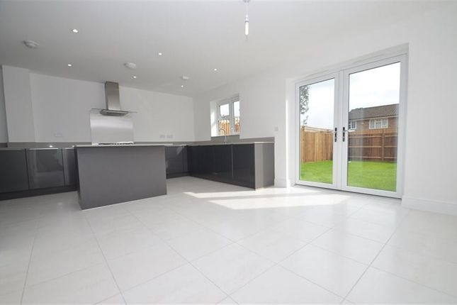 Thumbnail Property to rent in Truesdales, Ickenham