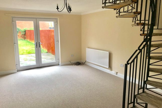 Thumbnail Property to rent in Ffordd Ddu, Pyle, Bridgend