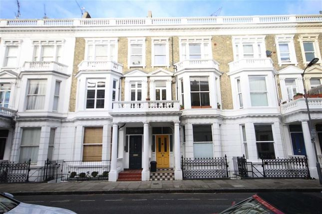 3 bed flat for sale in Perham Road, London