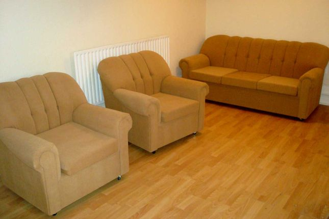 Thumbnail Flat to rent in Station Road, Edgware