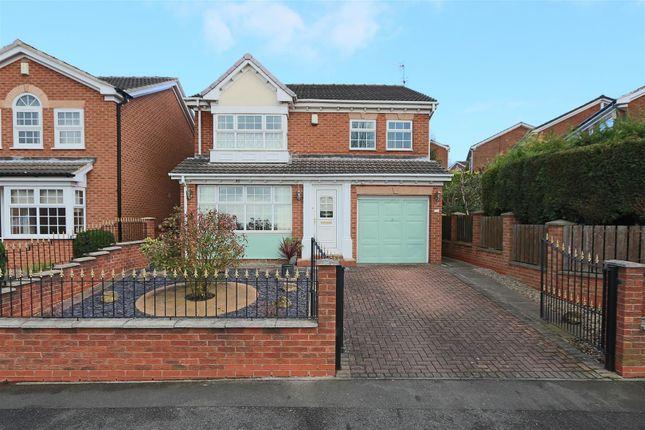 Thumbnail Detached house for sale in Howbeck Road, Arnold, Nottingham