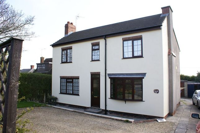 4 bed property for sale in Main Road, Stretton, Derbyshire