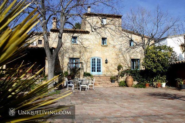 4 bed villa for sale in Costa Brava, Barcelona, Spain