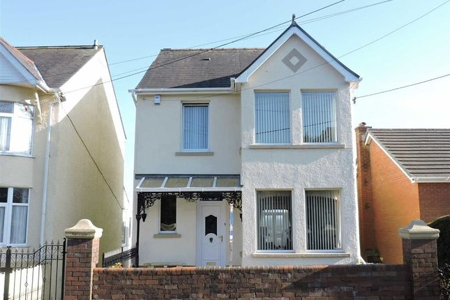 Thumbnail Detached house for sale in Clayton Road, Hendy, Pontarddulais