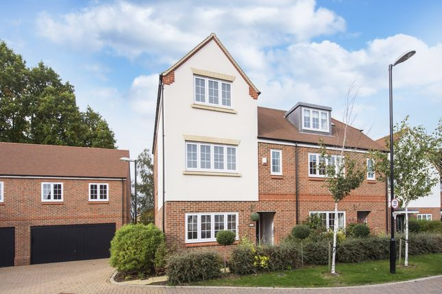 Thumbnail Semi-detached house to rent in Mortimer Crescent, St.Albans