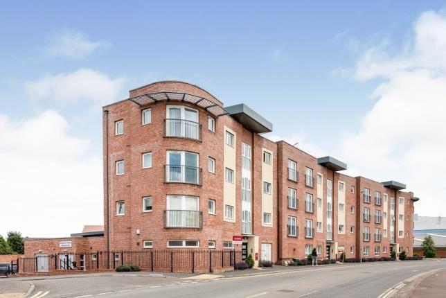 Thumbnail Flat for sale in Princes Way, Bletchley, Milton Keynes, Buckinghamshire
