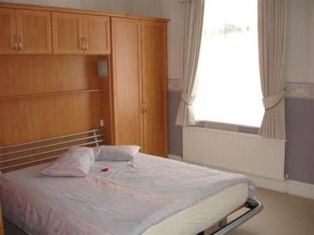 3 bed terraced house to rent in Frenchwood Avenue, Preston, Lancashire