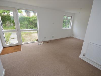 1 bed flat to rent in Park Road, Keynsham, Bristol BS31