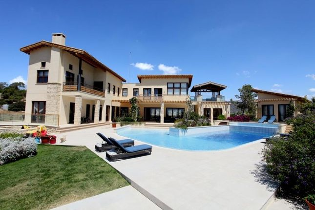 Villa for sale in Pareklishia, Limassol, Cyprus