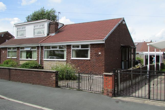 Thumbnail Bungalow to rent in Windermere Avenue, Denton