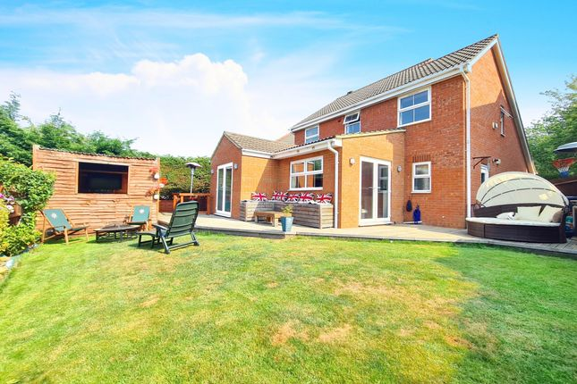 Thumbnail Detached house for sale in Ettrick Close, Kettering