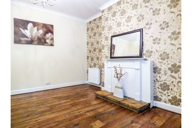 Lounge of Balsusney Road, Kirkcaldy KY2
