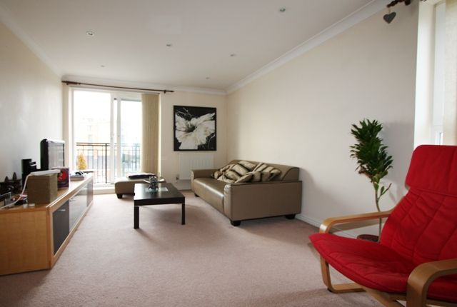 Thumbnail Flat to rent in 23 Victoria Wharf, 46 Narrow Street, Narrow Street