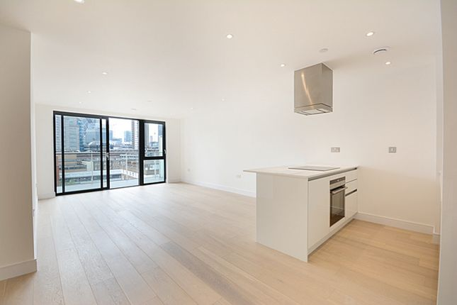 Thumbnail Flat to rent in Aldgate