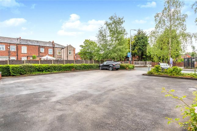 Picture No. 06 of Turnill Drive, Ashton-In-Makerfield, Wigan WN4