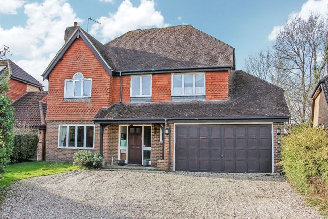 Thumbnail Detached house for sale in Lincolns Mead, Lingfield, Surrey