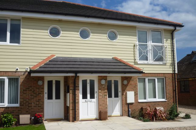 Thumbnail Flat to rent in Elmer Road, Middleton-On-Sea, Bognor Regis