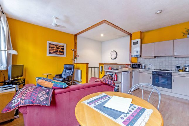Thumbnail Terraced house for sale in St Georges Square, Limehouse