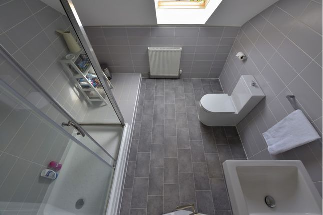 Shower Room of Bannerman Avenue, Inverkeithing KY11