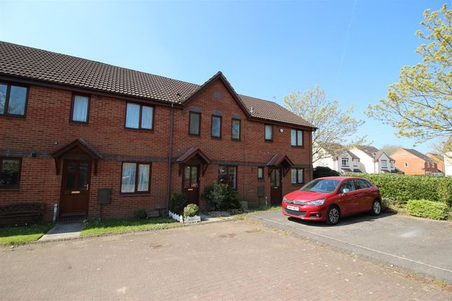 2 bed terraced house for sale in Foxgrove, Chippenham SN14