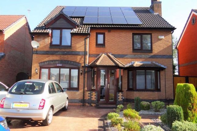 Thumbnail Detached house for sale in Holden Road, Leigh