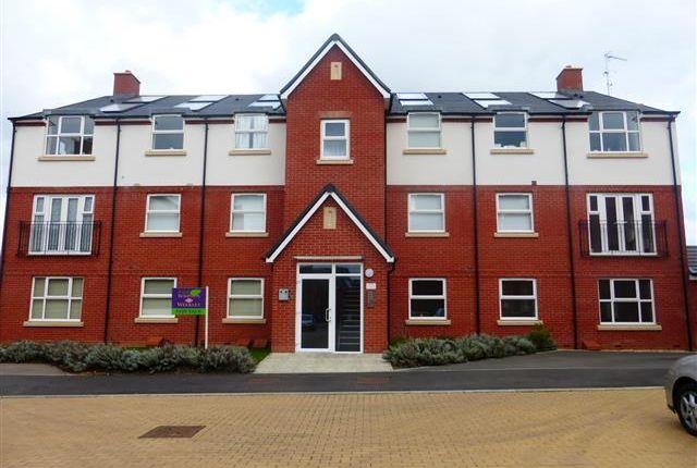Thumbnail Flat to rent in Tyne Way, Rushden