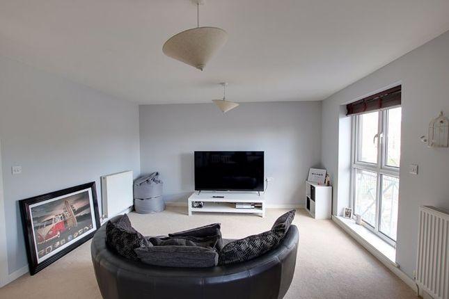 2 bed flat to rent in Meadow Court, Staverton, Trowbridge BA14