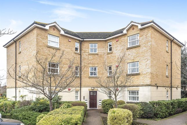 2 bed flat for sale in Wittering Close, Kingston Upon Thames KT2