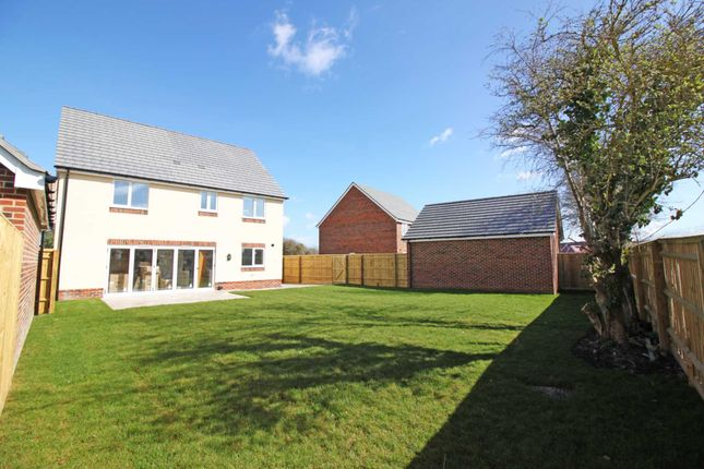 Thumbnail Detached house for sale in Wantage Road, Didcot