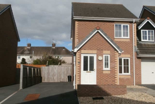 Thumbnail Terraced house to rent in The Avenue, Llanelli