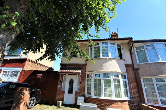 Thumbnail Property for sale in Churchill Road, Luton