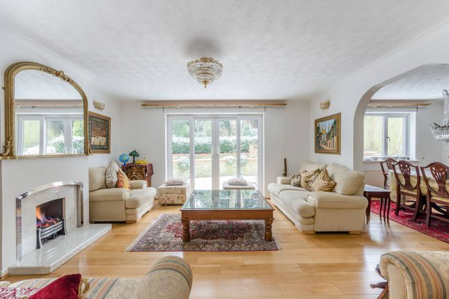 Thumbnail Property to rent in Kingswood Drive, Sydenham Hill