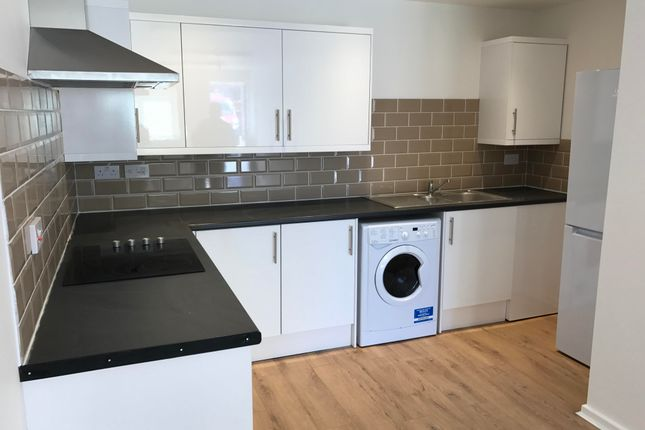 Thumbnail Flat to rent in Old Worting Road, Basingstoke