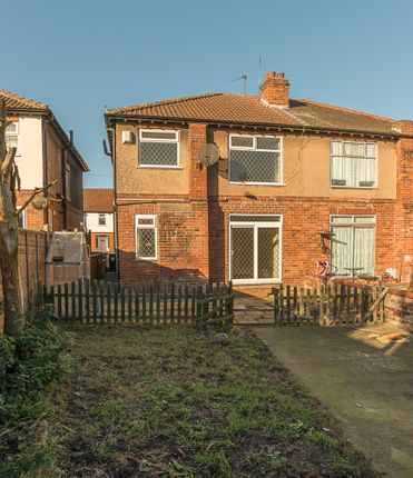 Thumbnail Semi-detached house to rent in St. Hildas Road, Doncaster