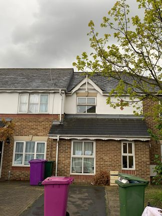 Thumbnail End terrace house to rent in Montpelier Place, Commercial Road