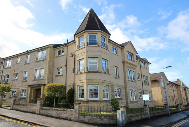 Thumbnail Flat to rent in Aitchison Place, Falkirk FK1,
