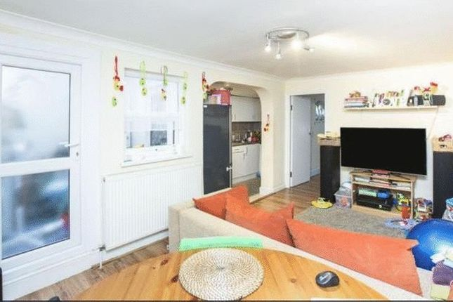 Thumbnail Terraced house for sale in Elm Road, London