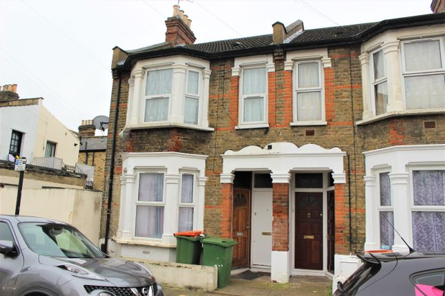 Thumbnail Flat to rent in Cheshunt Road, Forest Gate
