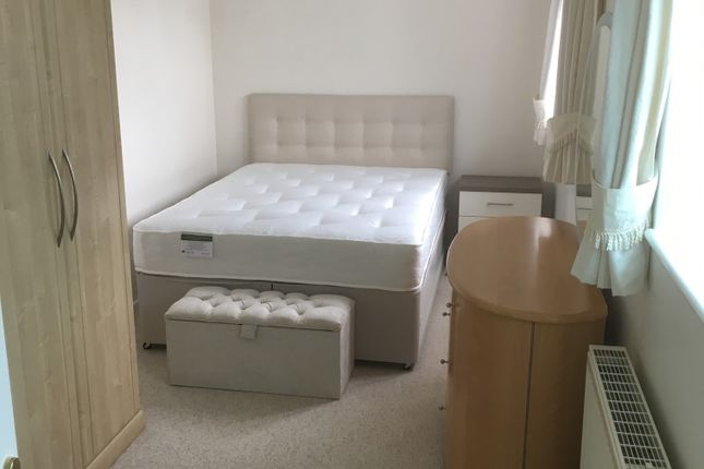 Thumbnail Room to rent in Blandy Avenue, Southmoor, Abingdon