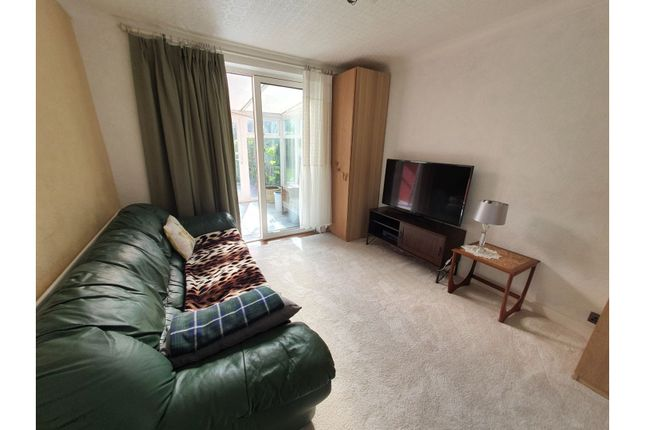 Lounge of Moat Avenue, Coventry CV3