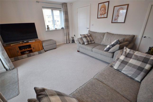 Lounge of Kedrum Road, Southcoates Lane, Hull HU9