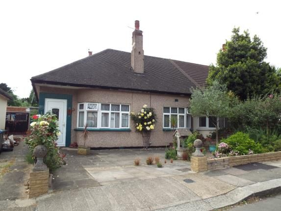 Thumbnail Bungalow for sale in Glenwood Avenue, London