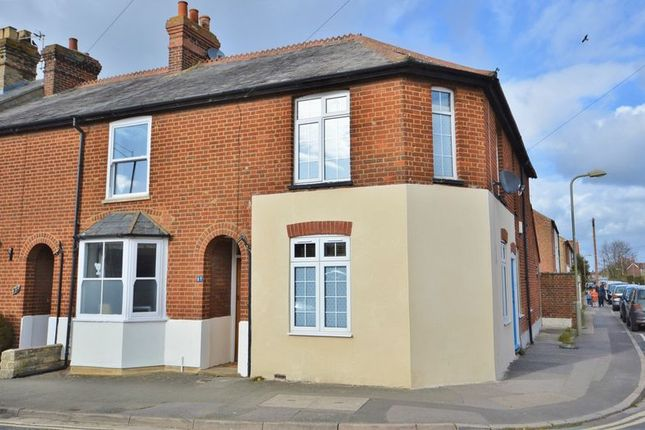 Thumbnail Semi-detached house for sale in Chinnor Road, Thame