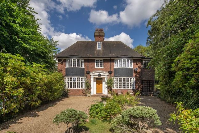 Thumbnail Detached house for sale in Netherhall Gardens, Hampstead