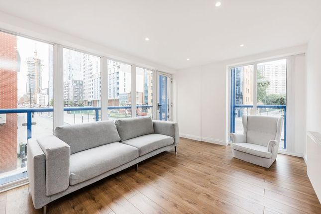 Thumbnail Flat for sale in Wise Road, London