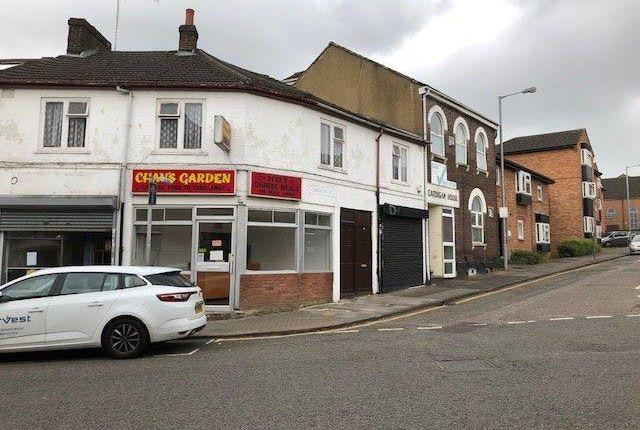 Thumbnail Flat to rent in Collingdon Street, Luton