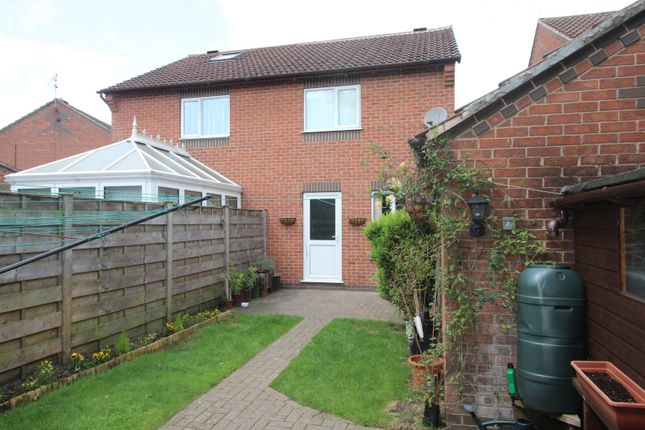 Picture No. 06 of Middlecroft Drive, Strensall, York, North Yorkshire YO32