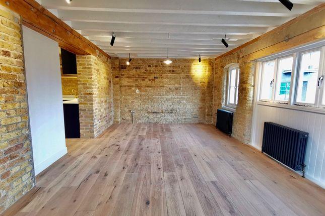 Thumbnail Flat to rent in Flat 3, Town Quay, Barking, Essex, Essex